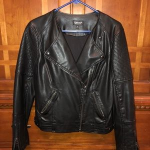 TOPSHOP Collarless Faux Leather Biker Jacket